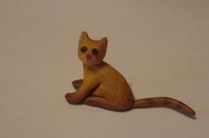 Кот из пластики